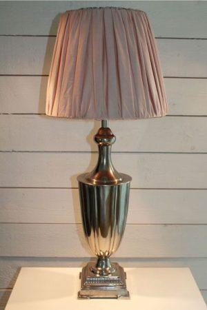 Lampa metall puder Amanda Puder