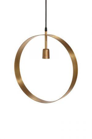 Taklampa Atmosphere Guld. Cirkelformad taklampa/fönsterlampa i guld med en lamphållare, levereras med 3,5 m textilsladd med väggkontakt