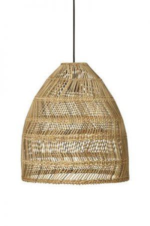 Taklampa Maja Natur.Modern taklampa i naturfärgad rotting. Levereras med svart lampsladd 1,2 meter med tackkopp. Sockel E27. Finns i tre storlekar.