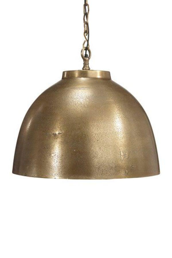 Taklampa Rochester Råmässing. Taklampa Rochester är en tung och gedigen taklampa i råmässing, levereras med 1,2 m kedjaoch takkopp i råmässing