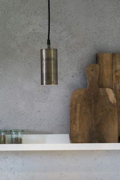 Fönsterlampa Downlight i snygg och stilren design.