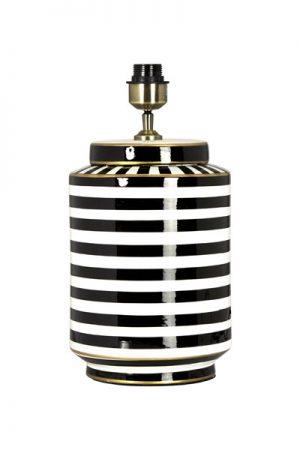 Lampfot Gatsby. Vacker lampfot i glaserad keramik. Svart, vit och med gulddetaljer. Lampfoten har textilkabel 2,5 meter och justerbar lamphållare. På vår miljöbild har vi använt lampskärm Sara Metallinsida, 35 cm bredd för en exklusiv känsla. Skärm ingår ej.