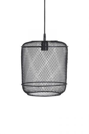 Tak/Fönsterlampa Grid Round. Grid tak- eller fönsterlampa som även går att ställa på bord är en rund lampa tillverkad av metallgaller. Lampan är snygg i många miljöer och har 3,5m lång svart textilsladd med väggkontakt. Sockel E27. 40W. Finns även som taklampa.