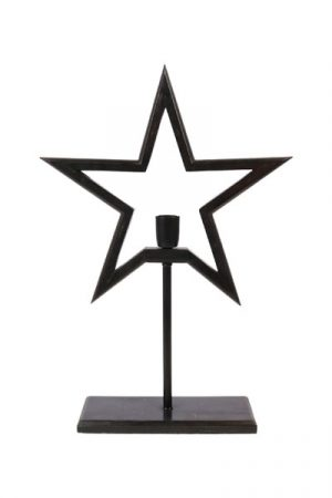 Farm Star on Base Grå. Snygg adventsstjärna på fot i trä som finns i två storlekar och två färger. Stjärnan har 1,8 meter svart textilsladd. Sockel E27. Max 40W. A++-E.